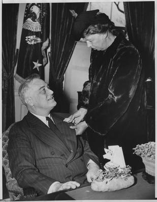 Franklin and Eleanor Roosevelt's 36th Wedding Anniversary, 1941 | Ken Burns: The Roosevelts