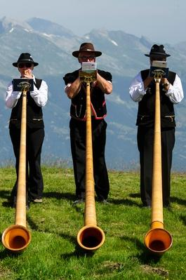 Alphorn Players Gather For Nendaz Festival | Musical Instruments