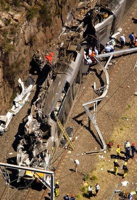 Eight Killed In Australian Commuter Train Crash | Evolution of the Railroad (Engine)