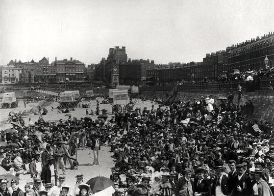 Singers on the beach at Margate, c.1900