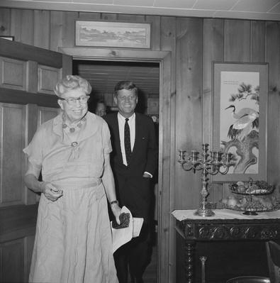 Eleanor Roosevelts Meets with John F. Kennedy, 1960 | Ken Burns: The Roosevelts