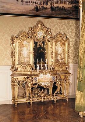 Jewellery cabinet belonging to Empress Eugenie de Montijo Guzman