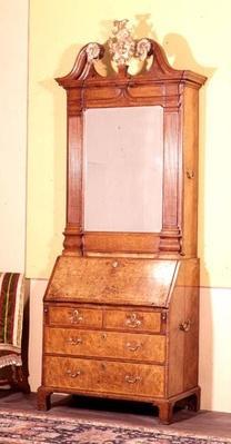Bureau bookcase by Samuel Bennet, c.1720