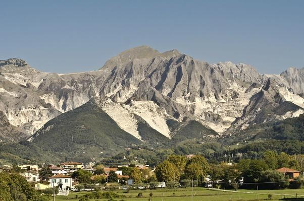 Carrara Mountains | Earth's Resources