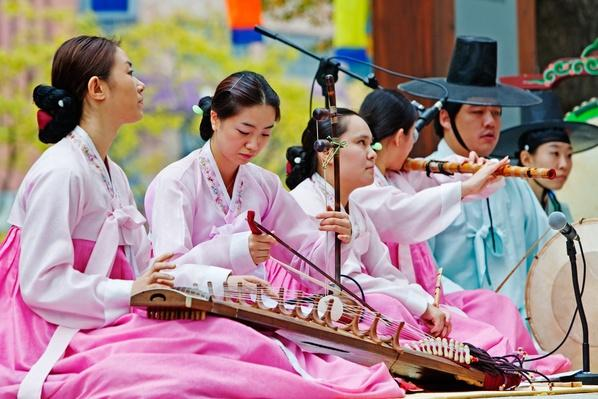Female traditional performers, Seoul, Sth.Korea | Musical Instruments