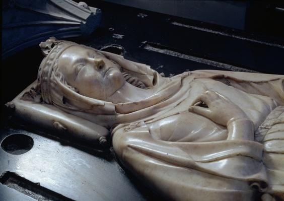 Effigy of Isabel of Aragon