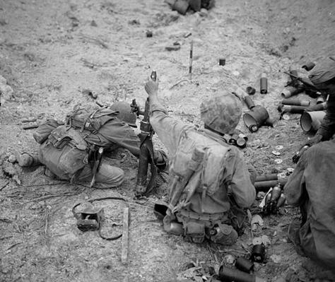 Mortar Crew on Peleliu | Ken Burns: The War