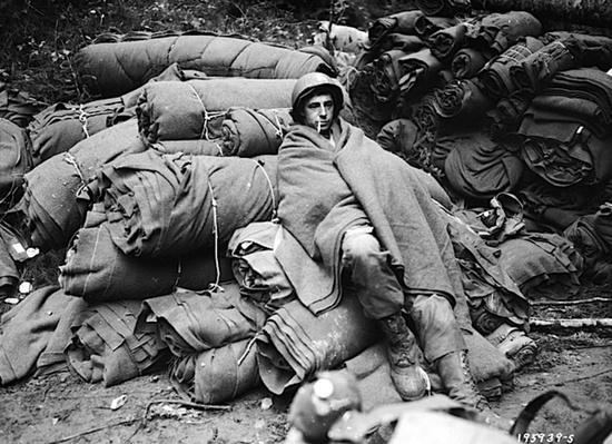 A GI Seeks Some Warmth | Ken Burns: The War