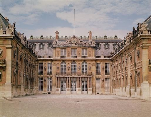 The Louis XIII Courtyard, or the Marble Courtyard, remodelled by Le Vau in c.1630