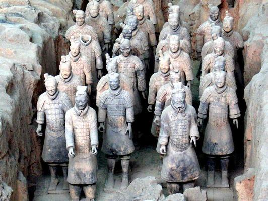 Chinese Artist Creates New Terra-Cotta Army