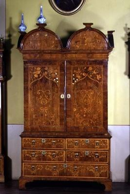 Cabinet inlaid with floral marquetry by Samuel Bennet,