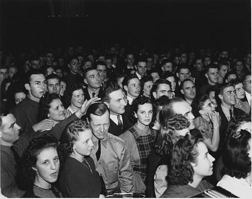 Luverne, Minnesota: Military Ball | Ken Burns: The War