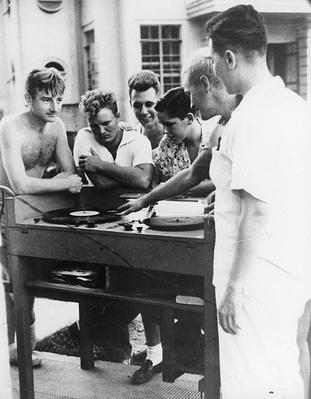 Santo Tomas: Playing Records | Ken Burns: The War