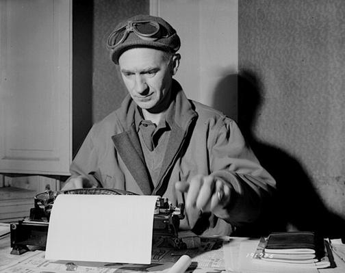 Ernie Pyle at Work | Ken Burns: The War