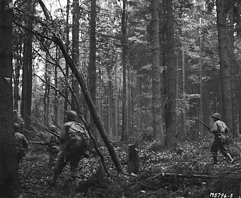 Hürtgen Forest: Pushing Through   Ken Burns: The War