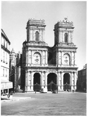 Facade of the Cathedral Sainte-Marie