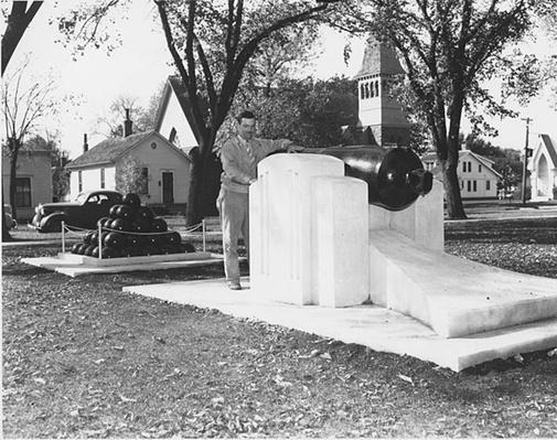 Luverne, Minnesota: Civil War Cannon | Ken Burns & Lynn Novick: The War