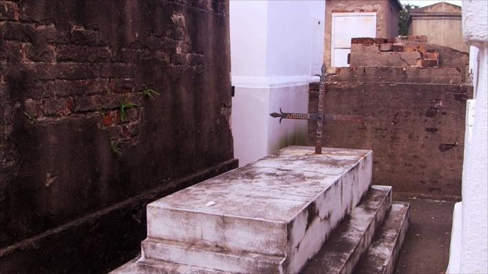 The Cemeteries of New Orleans | Genealogy Roadshow