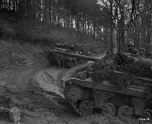 Tanks in the Hürtgen Forest   Ken Burns: The War