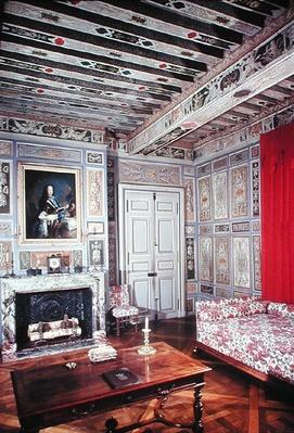 Interior of a bedroom painted with the arms of the Viole family, 1633