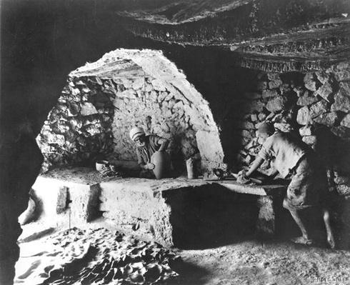 Tunisian Potter, Djerba island, c.1900