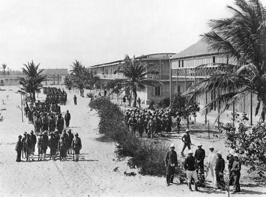 Senegalese soldiers barracks in N'Dartout, c.1900
