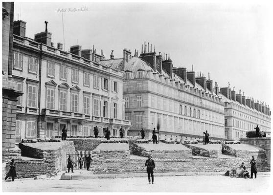Barricade during the Commune of Paris in Rue de Rivoli, 1871