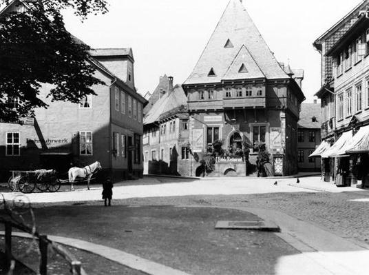 An old Hotel in the Town Square, Goslar, c.1910
