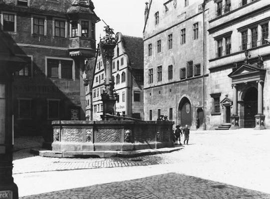 St. Georgs- Brunnen, Rothenburg ob der Tauber, c.1910