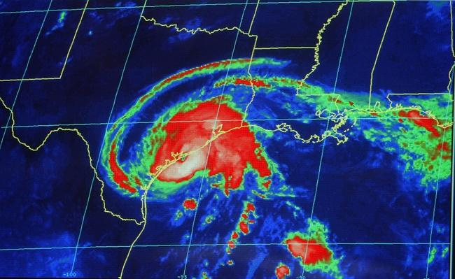 Hurricane Center Tracks Claudette As It nears Texas | Natural Disasters: Hurricanes, Tsunamis, Earthquakes