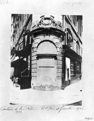 Fontaine de la Reine, rue Saint-Denis, Paris, 1903