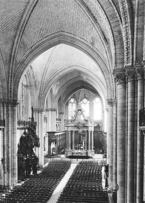 Interior view of the nave and the choir, c.1150-1250