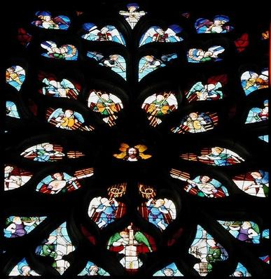 North rose window depicting musical angels