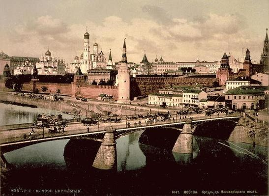 Postcard depicting the Kremlin, Moscow