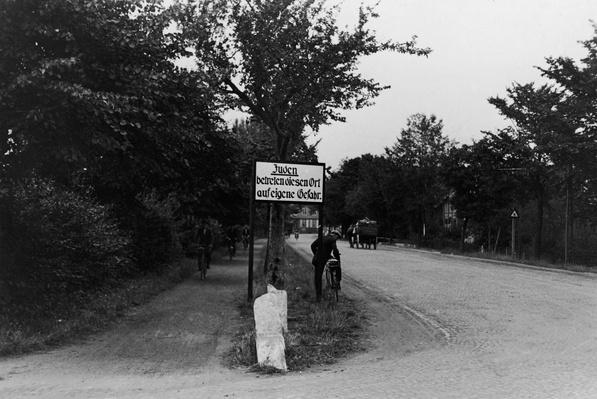 Nazi road sign | World War II