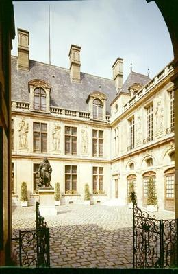 View of the Cour d'Honneur of the Hotel Carnavalet, built c.1545