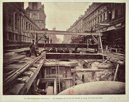 Construction of the metro system along the rue de Rivoli, 1898