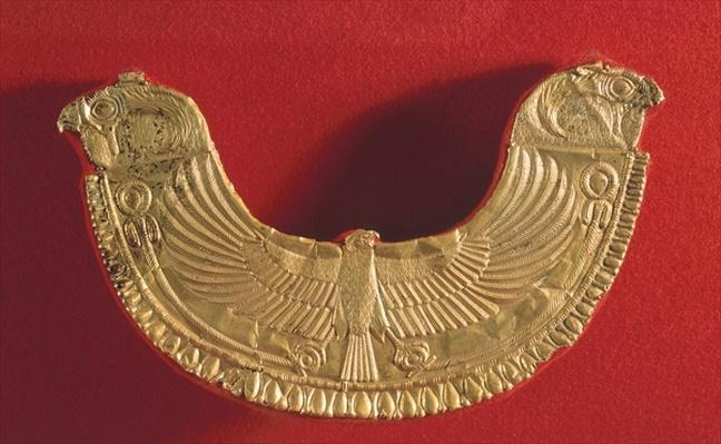 Pectoral ornament decorated with a falcon, from the tomb of King Ip Abi Shemu at Byblos, 18th century BCE