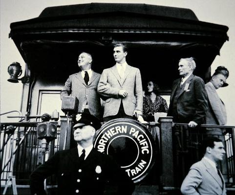 Franklin D. Roosevelt with his son Franklin Jr. (1914-88) on the Presidential Campaign Train at Bismarck, North Dakota, 1936 (b/w photo) by American Photographer, (20th century)