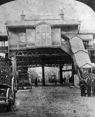 Elevated Platform | The Gilded Age (1870-1910) | U.S. History