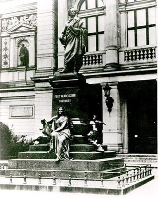 View of the Mendelssohn statue in front of the Gewandhaus in Leipzig