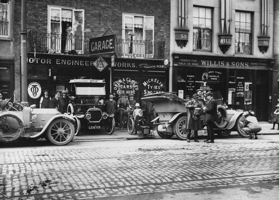 Motor Garage   Evolution of the Automobile
