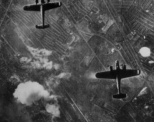 London Blitz | The Evolution of Military Aviation