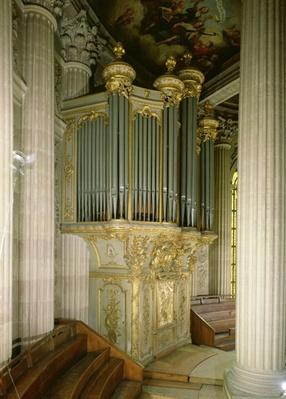Organ in the chapel