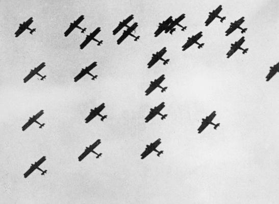 Flying in Formation | The Evolution of Military Aviation
