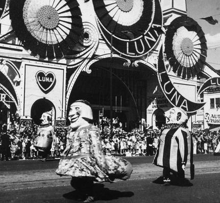 Coney Island Parade | The Gilded Age (1870-1910) | U.S. History