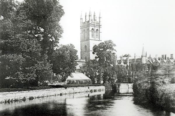 Magdalen College from the Cherwell