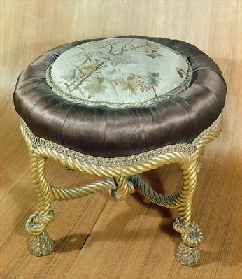 Pouffe, Second Empire Style