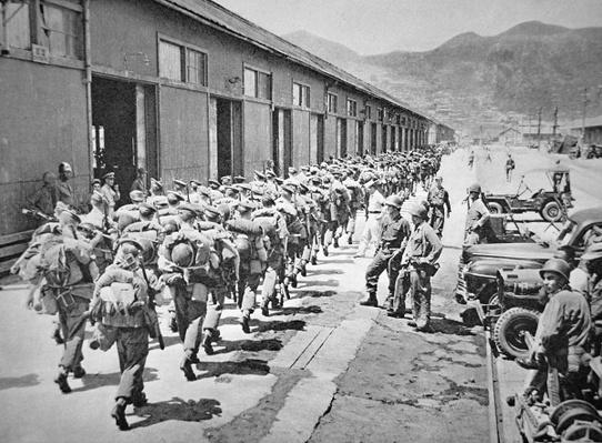 1st Battalion of the Argyll and Sutherland Highlanders arrive at Pusan to join U.N. forces, 29th August 1950