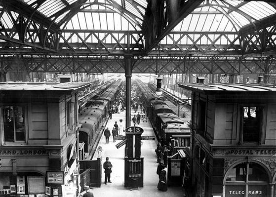 Interior of Charing Cross Station, London, c.1890